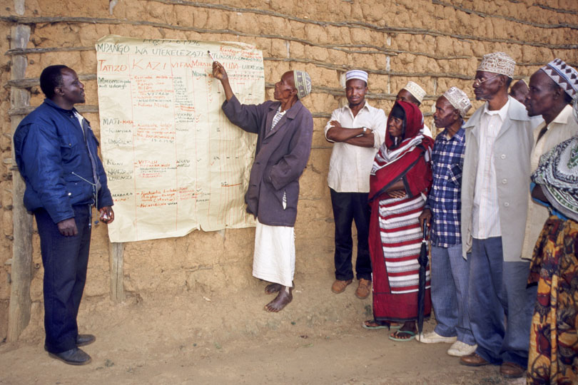 Participatory project planning with <p>smallholder farmers, Tanzania